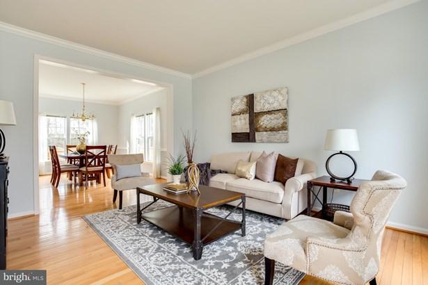 Single Family Residence, Colonial - ALEXANDRIA, VA (photo 4)