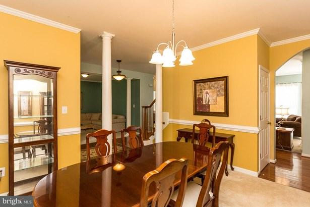 Single Family Residence, Colonial - FREDERICKSBURG, VA (photo 3)