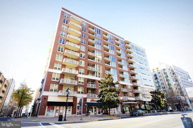 Unit/Flat/Apartment, Contemporary - OXON HILL, MD