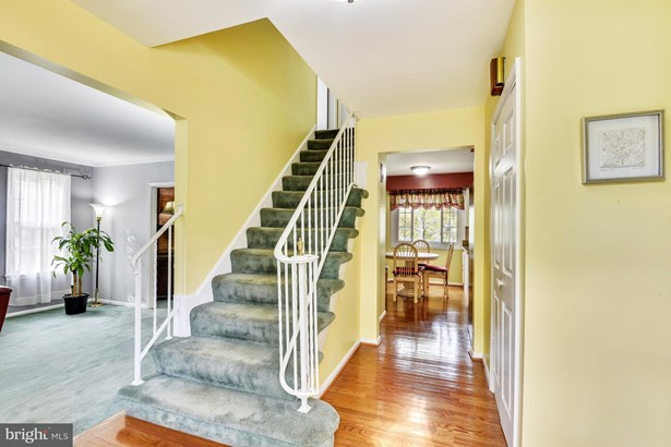Single Family Residence, Colonial - SILVER SPRING, MD (photo 2)
