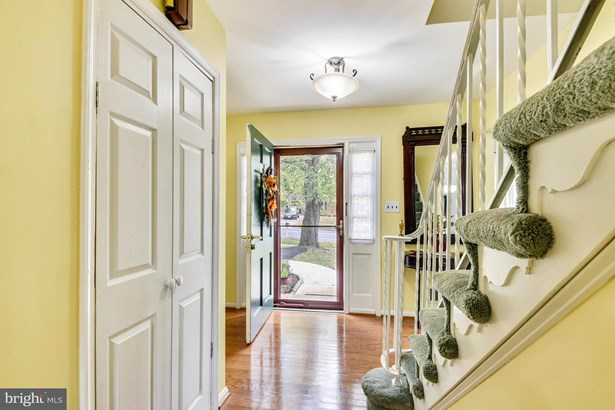 Single Family Residence, Colonial - SILVER SPRING, MD (photo 3)