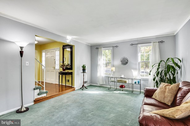 Single Family Residence, Colonial - SILVER SPRING, MD (photo 5)