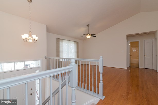 Split Foyer, Detached - LOCUST GROVE, VA (photo 3)
