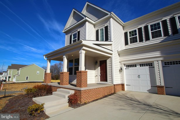 Single Family Residence, Colonial - STAFFORD, VA (photo 2)