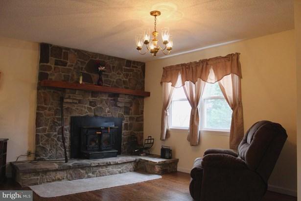 Farm House, Single Family Residence - WINCHESTER, VA (photo 4)