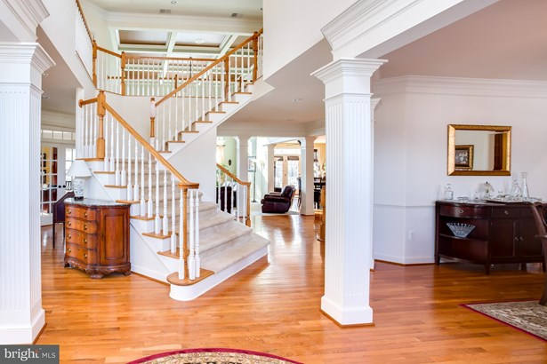 Single Family Residence, Colonial - BOWIE, MD (photo 2)