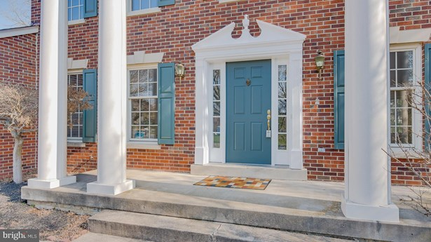 Colonial, Detached - FREDERICKSBURG, VA (photo 2)