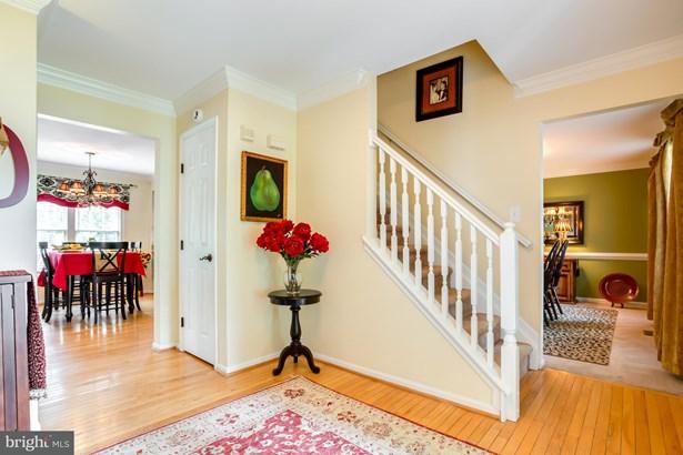 Single Family Residence, Colonial - BRISTOW, VA (photo 2)