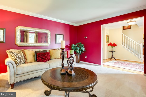 Single Family Residence, Colonial - BRISTOW, VA (photo 4)
