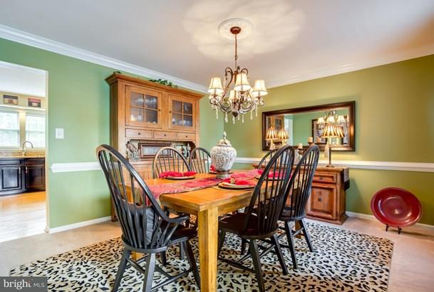 Single Family Residence, Colonial - BRISTOW, VA (photo 5)