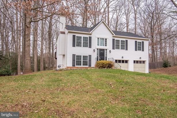 Single Family Residence, Split Foyer - FREDERICKSBURG, VA (photo 2)