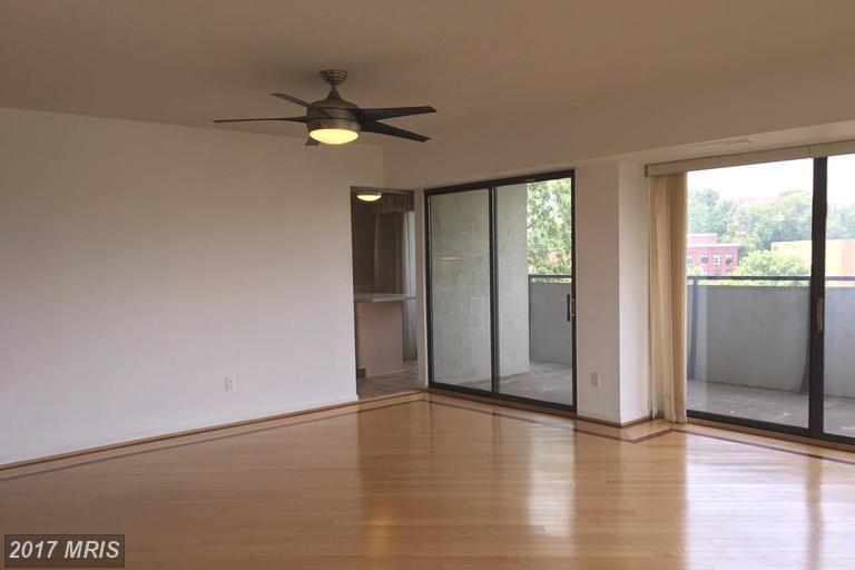 Condo,Hi-Rise 9+ Floors - ARLINGTON, VA (photo 2)