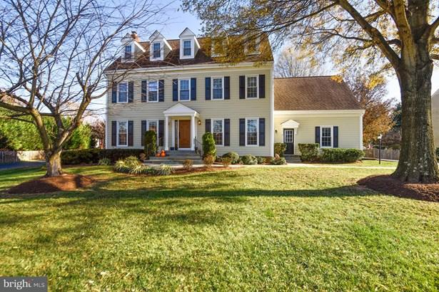Single Family Residence, Colonial - HERNDON, VA (photo 1)