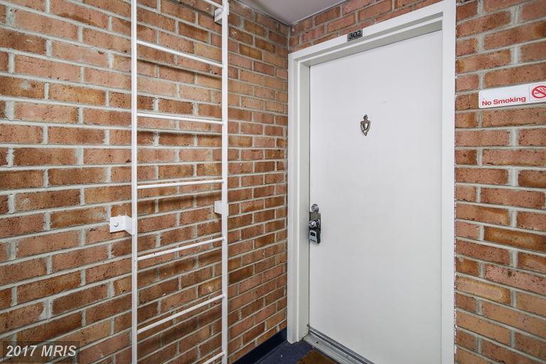 Condo,Garden 1-4 Floors - GAITHERSBURG, MD (photo 3)