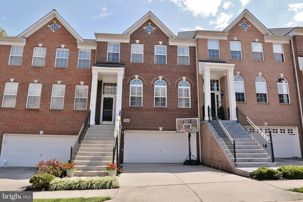 Colonial, Interior Row/Townhouse - ASHBURN, VA