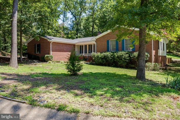 Single Family Residence, Rambler - FREDERICKSBURG, VA (photo 1)