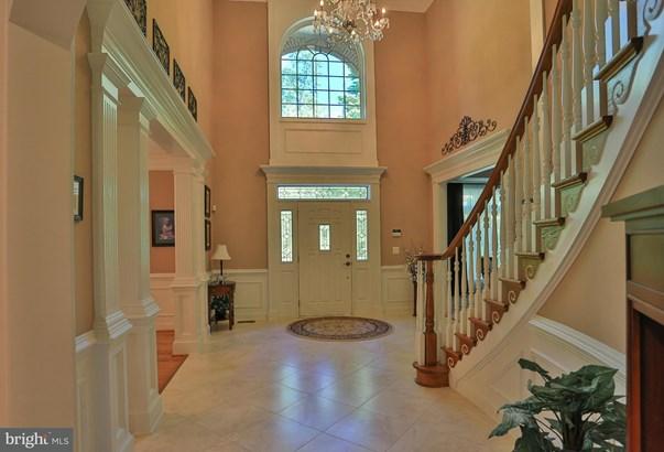 Single Family Residence, Colonial - NOKESVILLE, VA (photo 2)