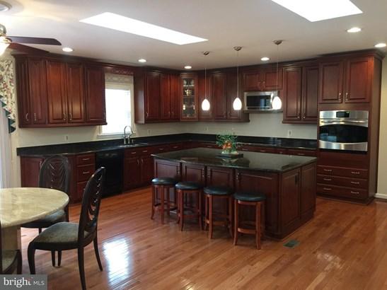 Single Family Residence, Colonial - DUNN LORING, VA (photo 2)