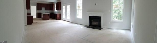 Single Family Residence, Colonial - SPOTSYLVANIA, VA (photo 4)