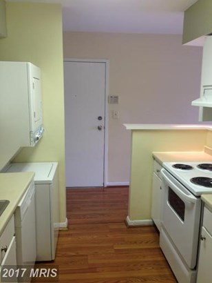 Condo,Garden 1-4 Floors, A-Frame - GREENBELT, MD (photo 4)