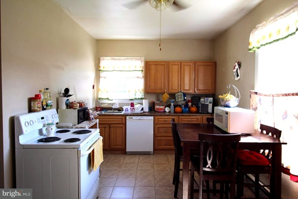 Single Family Residence, Colonial - FRONT ROYAL, VA (photo 3)