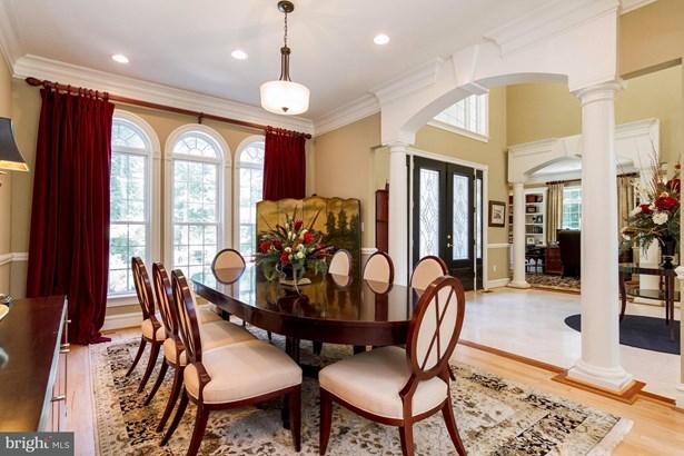 Single Family Residence, Colonial - WARRENTON, VA (photo 3)