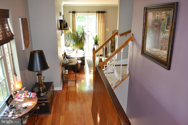 Colonial, End Of Row/Townhouse - CENTREVILLE, VA (photo 5)