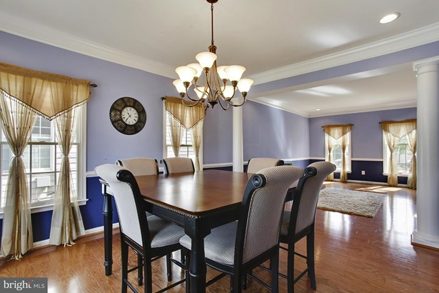 Single Family Residence, Colonial - CHANTILLY, VA (photo 5)