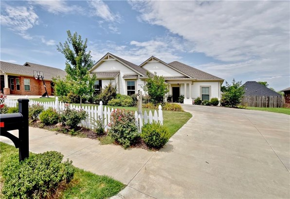 Traditional, House - Fort Smith, AR (photo 1)