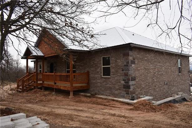 Traditional, House - Muldrow, OK (photo 2)
