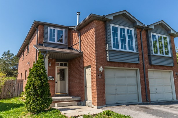 711 Walpole Crescent, Newmarket, ON - CAN (photo 1)