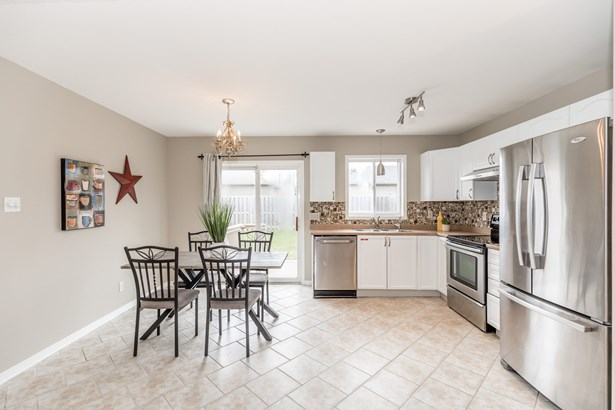 189 Hanmer Street East, Barrie, ON - CAN (photo 3)