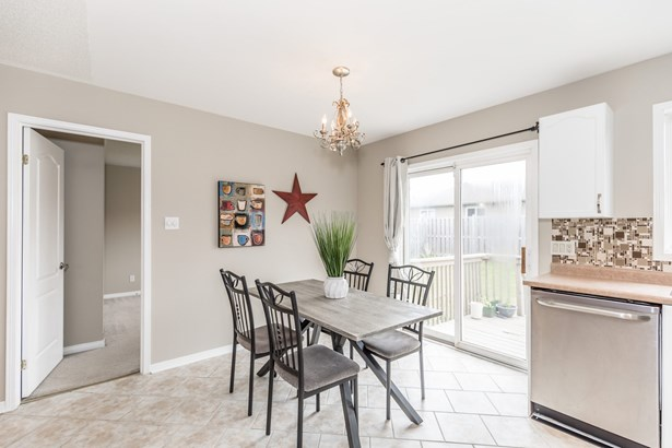 189 Hanmer Street East, Barrie, ON - CAN (photo 4)