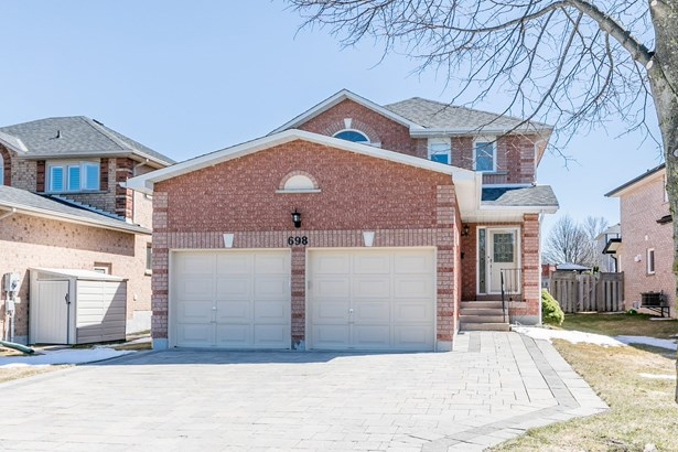 698 College Manor Drive, Newmarket, ON - CAN (photo 1)