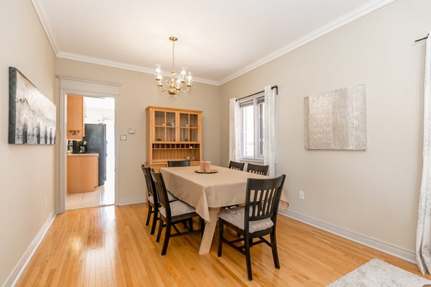 334 Hewitt Circle, Newmarket, ON - CAN (photo 5)