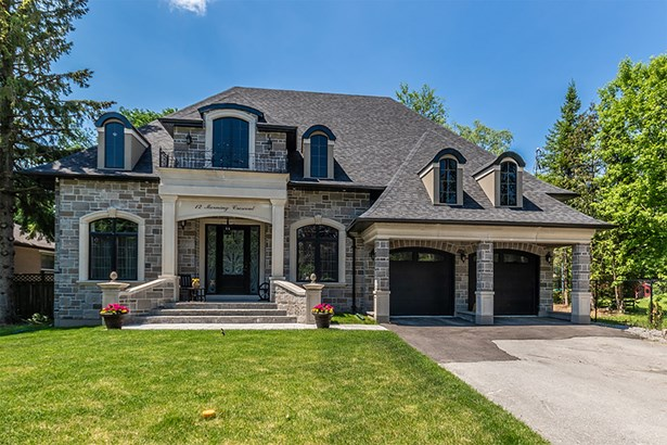 12 Morning Crescent, Aurora, ON - CAN (photo 1)