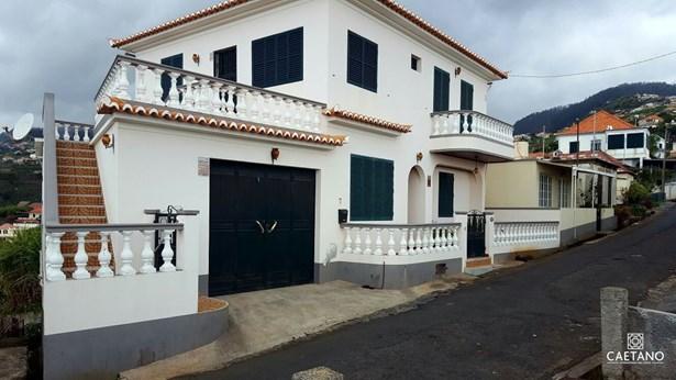 Rental of Villa in Ponta do Sol Foto #1