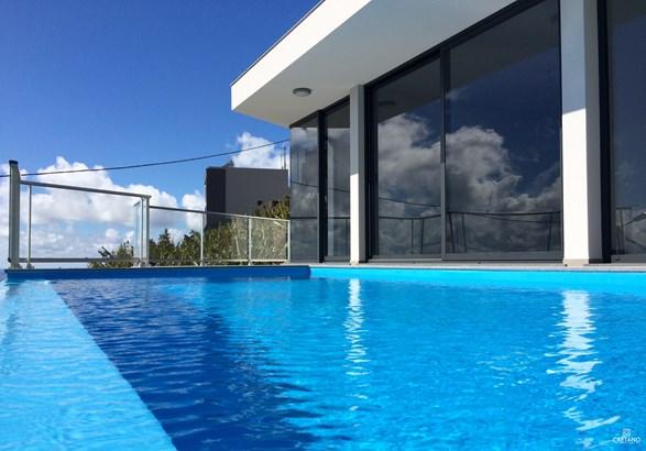 Luxury Vila for sale in Calheta w/ swimming pool Foto #1