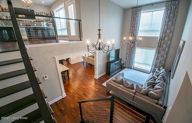 Condominium, Stand Alone Condo - Louisville, KY