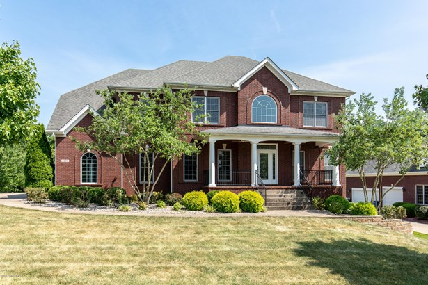 Single Family Residence, Traditional - Crestwood, KY