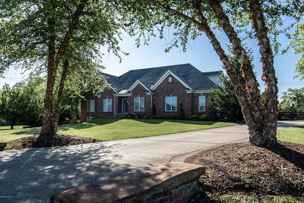 Single Family Residence, Ranch - Crestwood, KY
