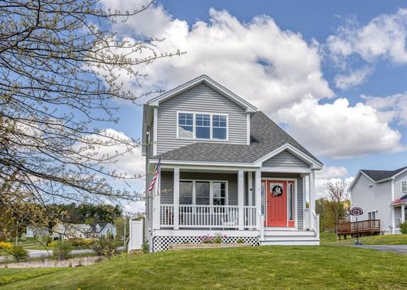 Single Family Residence, Cottage - Cumberland, ME