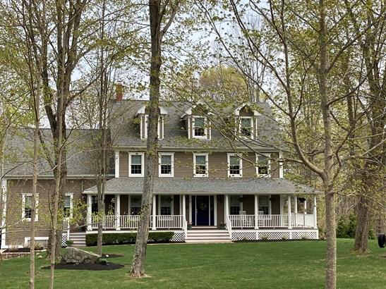 Single Family Residence, Colonial - York, ME