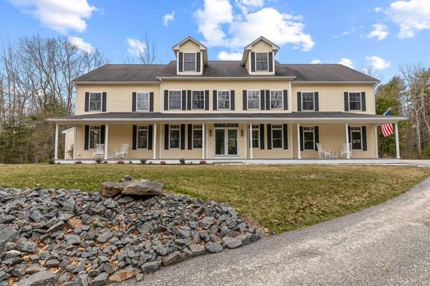 Single Family Residence, Colonial - Kennebunkport, ME
