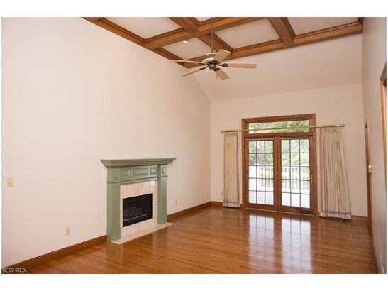 4552 Deer Creek Dr, Wooster, OH - USA (photo 5)