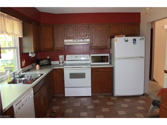 2501 Southwood Dr, Perry, OH - USA (photo 3)