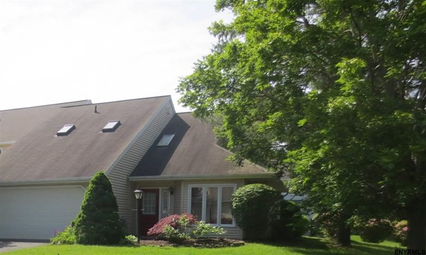 106 Brightonwood Rd, Glenmont, NY - USA (photo 1)