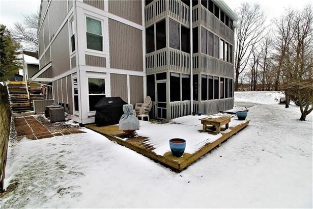 255 Portage Lakes Dr F, Akron, OH - USA (photo 1)
