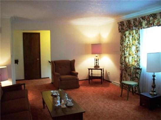 399 Mitchell Rd, W Middlesex, PA - USA (photo 3)