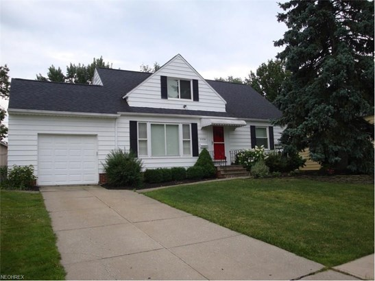 5836 Circle Dr, Mayfield Heights, OH - USA (photo 1)